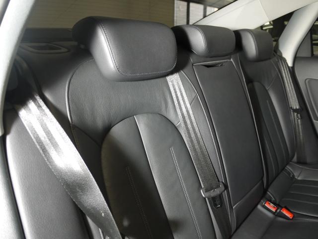 2.8FSIクワトロ 黒革シート/BOSEサウンド/シートヒーター/ナビ/ユーザー買取/4WD/Bluetooth/バックカメラ/クルコン(46枚目)