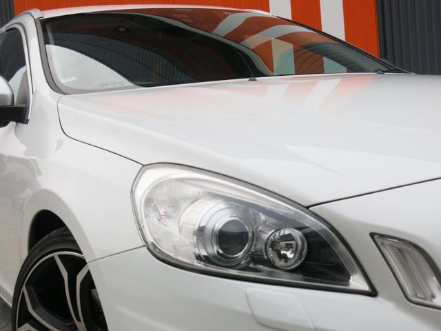 ボルボ ボルボ V60 T4 Rデザイン半年無制限距離保証スマートキー黒革ETC