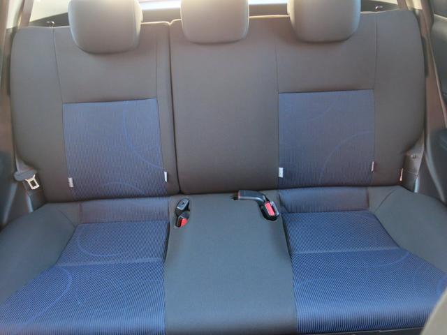 トヨタ アクア S 1年無制限距離保証社外ナビバックカメラ