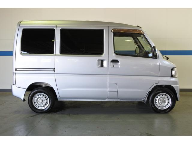 三菱 ミニキャブバン CD エアコン パワステ キーレス 4WD