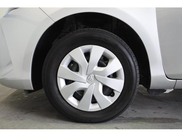 スタッドレスタイヤ、アルミホイールなど取りそろえております。クレジットに組み込んでの購入もできますよ。詳しくはスタッフまでお問い合わせください。