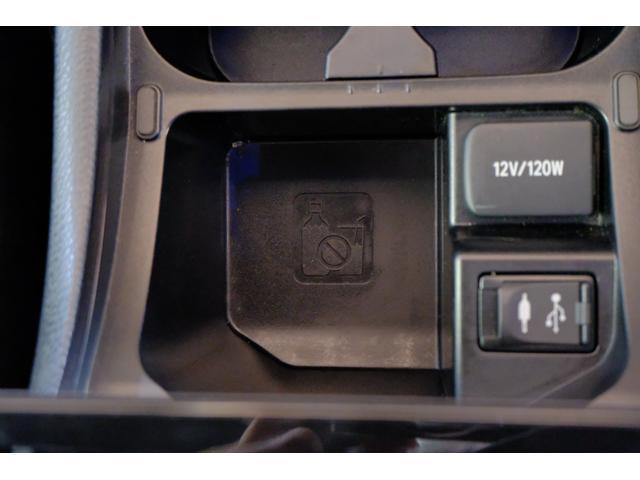 今注目のドライブレコーダーも当社にて取付させていただく事が出来ます。価格は19800円より用意させていただいております。詳しくはスタッフまでお問い合わせください。