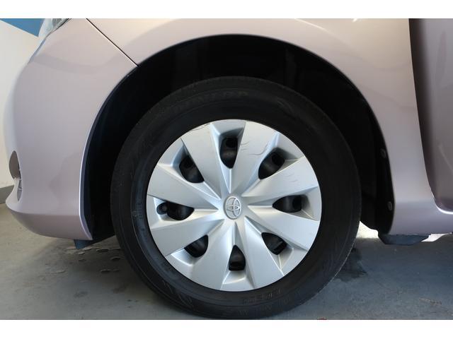 フロントタイヤです。冬季スタッドレスタイヤも販売させて頂いております。ご検討下さい。