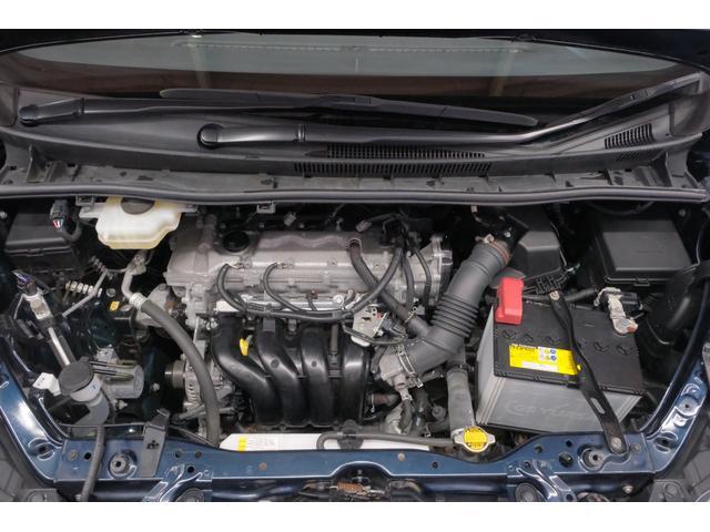 スチームがけでエンジンルームの汚れもキレイにクリーニング!エンジンルームがキレイですと、不具合等の発見もしやすく、コンディションや維持の面でとってもプラスです。