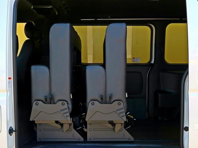 スーパーGL ダークプライム2 8乗車 車中泊ベッド ナビ(6枚目)