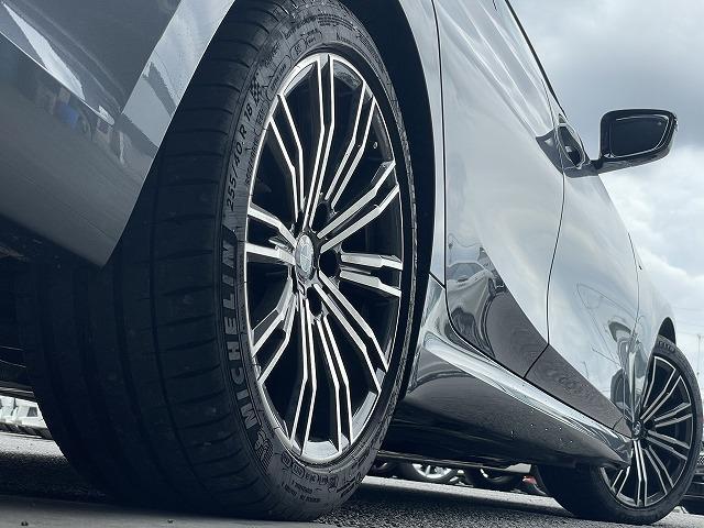 320d xDrive Mスポーツ 純正HDDナビ バックカメラ インテリジェントセーフティ ハーフレザーシート メモリー付パワーシート シートヒーター LEDヘッドライト 純正18インチアルミ アダプティブクルーズコントロール ETC(19枚目)
