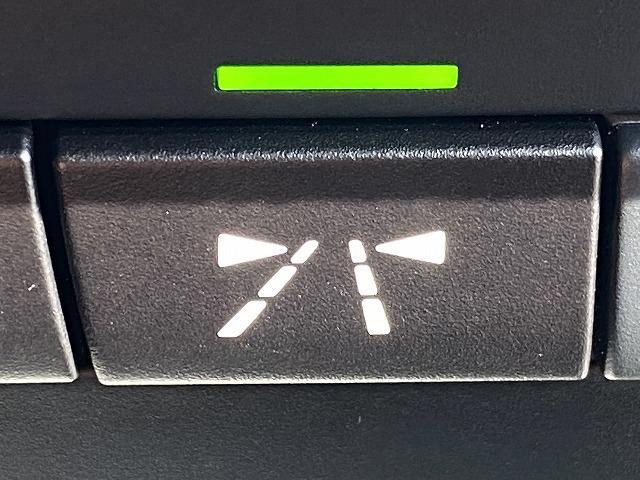 320d M Sport RHD インテリジェントセーフティ アクティブクルーズコントロール 純正アルミ 純正ナビ バックカメラ パワーシート シートメモリー HIDヘッドライト CD DVD Bluetoothオーディオ ETC(32枚目)
