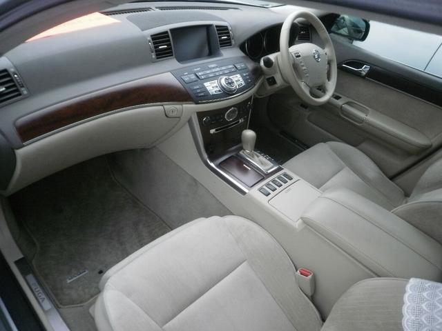 日産 フーガ 350GT タイプP HDDナビ Bカメラ 助手席オットマン