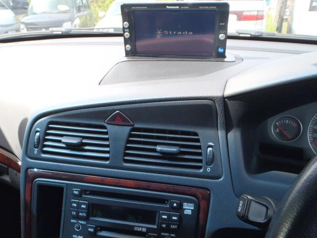ボルボ ボルボ V70 2.5T サンルーフ 黒革シート HDDナビ バックカメラ