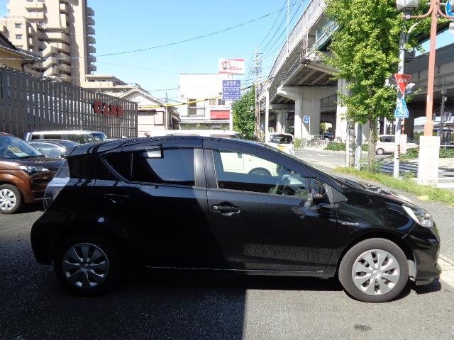 トヨタ アクア S メモリーナビTV Bカメラ ETC スマートキー