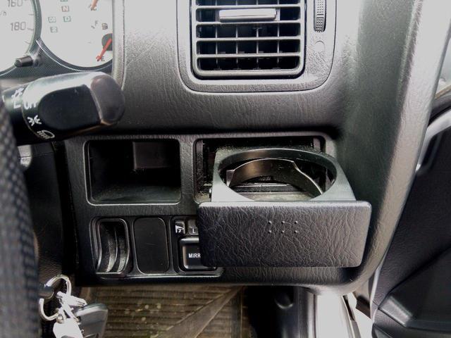 ☆車内もキレイで嫌な臭いもありません☆三品自動車では防カビ・防菌内装コーティングもご依頼・施工可能です♪