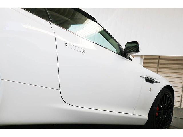 アストンマーティン アストンマーティン DB9 ヴォランテ タッチトロニック ブラック/レッドレザー D車