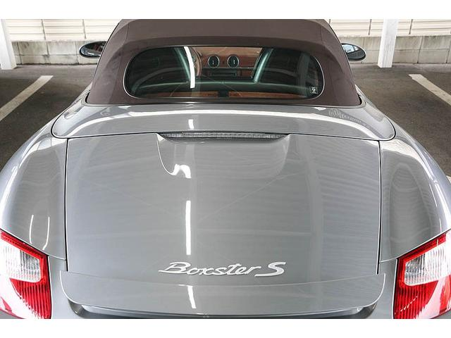 ボクスターS 正規ディーラー車 左ハンドル シールグレーメタリック レッドレザーインテリア ブラウンソフトトップ HIDヘッドライト カロッツェリアナビ フルセグTV バックカメラ シートヒーター レッドキャリパー(23枚目)
