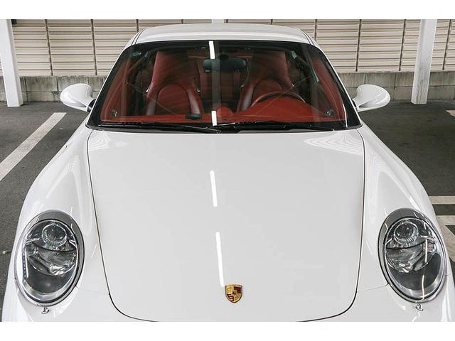 911カレラ4S 後期型 PDK 正規ディーラー車 左ハンドル スポーツクロノパッケージ オールレッドレザーインテリア シートヒーター HIDヘッドライト 純正19inホイール レッドキャリパー 純正ナビ バックカメラ(3枚目)