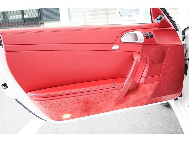 911カレラ4S 後期型 PDK 正規ディーラー車 左ハンドル スポーツクロノパッケージ オールレッドレザーインテリア シートヒーター HIDヘッドライト 純正19inホイール レッドキャリパー 純正ナビ バックカメラ(34枚目)