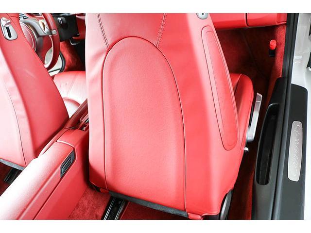 911カレラ4S 後期型 PDK 正規ディーラー車 左ハンドル スポーツクロノパッケージ オールレッドレザーインテリア シートヒーター HIDヘッドライト 純正19inホイール レッドキャリパー 純正ナビ バックカメラ(46枚目)