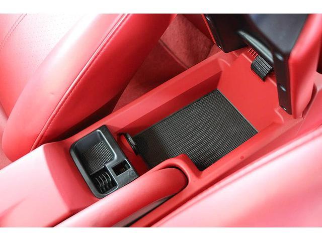 911カレラ4S 後期型 PDK 正規ディーラー車 左ハンドル スポーツクロノパッケージ オールレッドレザーインテリア シートヒーター HIDヘッドライト 純正19inホイール レッドキャリパー 純正ナビ バックカメラ(61枚目)