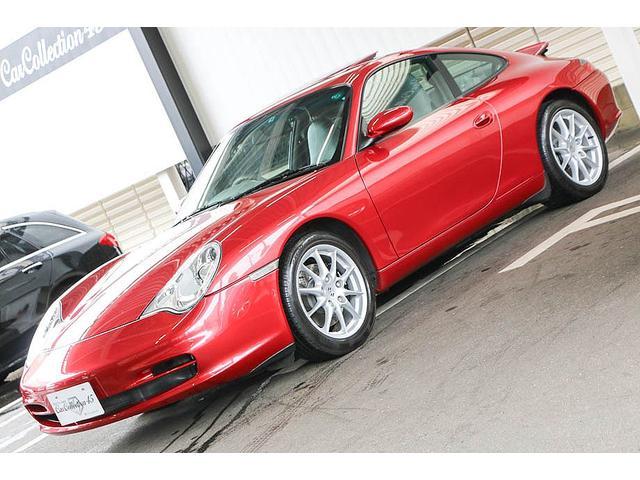 911カレラ 正規ディーラー車 右ハンドル オリエントレッド外装 後期モデル ライトグレーレザー レザーシート アルカンターラルーフライナー サンルーフ BOSEサウンドシステム ドライブレコーダー GPSレーダー(4枚目)