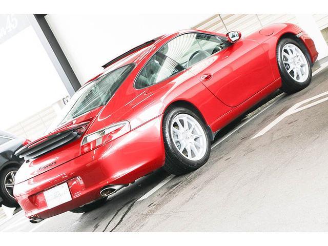 911カレラ 正規ディーラー車 右ハンドル オリエントレッド外装 後期モデル ライトグレーレザー レザーシート アルカンターラルーフライナー サンルーフ BOSEサウンドシステム ドライブレコーダー GPSレーダー(23枚目)