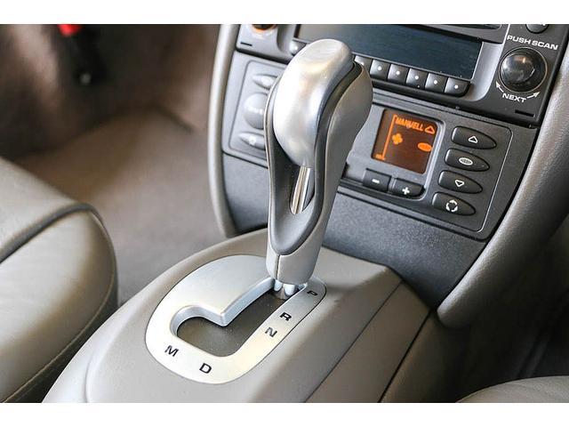 911カレラ 正規ディーラー車 右ハンドル オリエントレッド外装 後期モデル ライトグレーレザー レザーシート アルカンターラルーフライナー サンルーフ BOSEサウンドシステム ドライブレコーダー GPSレーダー(60枚目)