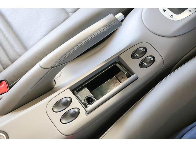 911カレラ 正規ディーラー車 右ハンドル オリエントレッド外装 後期モデル ライトグレーレザー レザーシート アルカンターラルーフライナー サンルーフ BOSEサウンドシステム ドライブレコーダー GPSレーダー(61枚目)