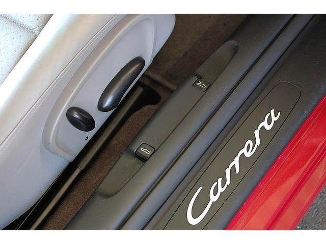 911カレラ 正規ディーラー車 右ハンドル オリエントレッド外装 後期モデル ライトグレーレザー レザーシート アルカンターラルーフライナー サンルーフ BOSEサウンドシステム ドライブレコーダー GPSレーダー(67枚目)