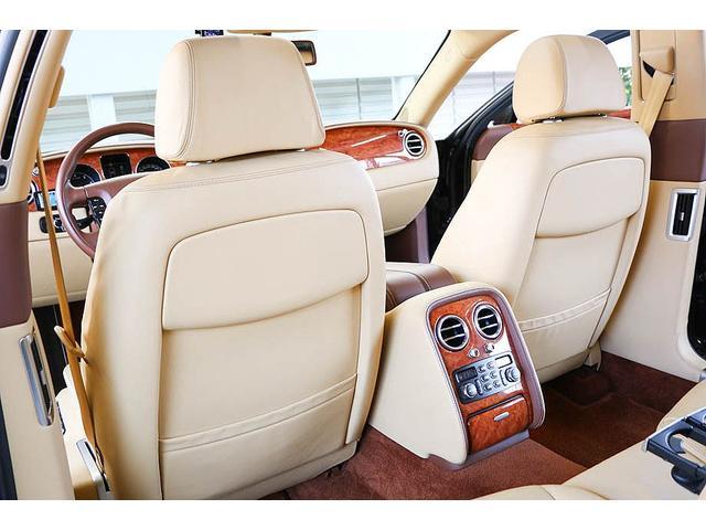 フライングスパー マイナーチェンジ後モデル 後期マンソリーエアロ/LEDライト付Fスポイラー Sスカート Rスカート グリル トランクスポイラー マフラーカッター/ 全席シートヒーター・クーラー Bluetooth接続(48枚目)