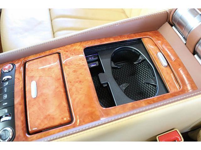 フライングスパー マイナーチェンジ後モデル 後期マンソリーエアロ/LEDライト付Fスポイラー Sスカート Rスカート グリル トランクスポイラー マフラーカッター/ 全席シートヒーター・クーラー Bluetooth接続(67枚目)