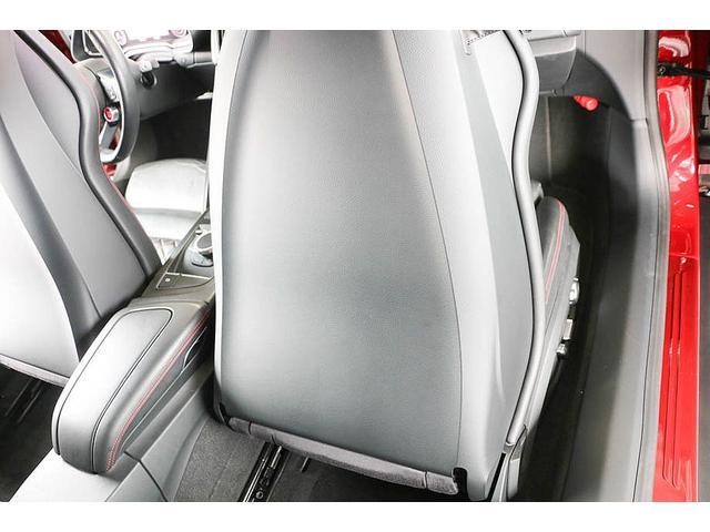 V10クーペ 5.2FSIクワトロ 正規ディーラー車 各所グロスブラック塗分 アクラポビッチマフラー KW車高調 外装スペシャルオーダーカラー ダイヤモンドキルティングレッドステッチ カーボンサイドブレード デコラティブカーボンパネル(52枚目)