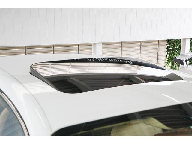 フライングスパー 正規D車 左ハンドル マンソリー後期フルエアロ/トランクスポイラー/マフラーエンド 22インチAW 後期ルックLEDヘッドライト ツートンレザーインテリア フルセグTV/バックモニター サンルーフ(22枚目)