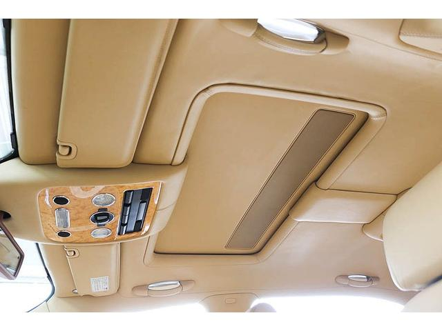 フライングスパー 正規D車 左ハンドル マンソリー後期フルエアロ/トランクスポイラー/マフラーエンド 22インチAW 後期ルックLEDヘッドライト ツートンレザーインテリア フルセグTV/バックモニター サンルーフ(68枚目)