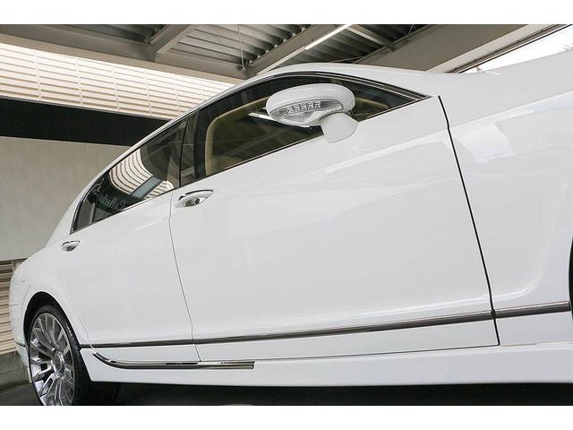 フライングスパー 正規ディーラー車 4人乗り マンソリーエアロ(フロント・サイド・リア)マンソリー22インチホイール SR ブラウン/ベージュツートンレザーインテリア インターフェイス装着(フルセグTV・バックカメラ)(9枚目)