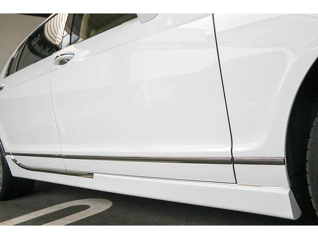 フライングスパー 正規ディーラー車 4人乗り マンソリーエアロ(フロント・サイド・リア)マンソリー22インチホイール SR ブラウン/ベージュツートンレザーインテリア インターフェイス装着(フルセグTV・バックカメラ)(17枚目)