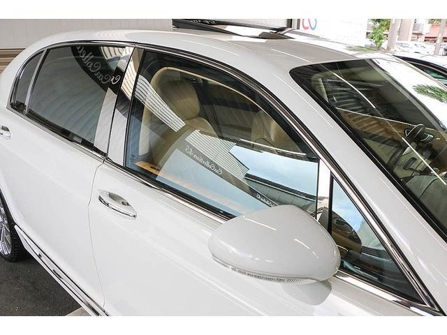 フライングスパー 正規ディーラー車 4人乗り マンソリーエアロ(フロント・サイド・リア)マンソリー22インチホイール SR ブラウン/ベージュツートンレザーインテリア インターフェイス装着(フルセグTV・バックカメラ)(18枚目)
