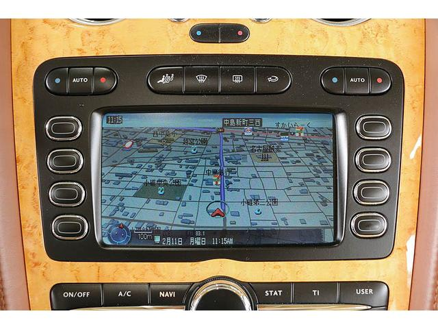 フライングスパー 正規ディーラー車 4人乗り マンソリーエアロ(フロント・サイド・リア)マンソリー22インチホイール SR ブラウン/ベージュツートンレザーインテリア インターフェイス装着(フルセグTV・バックカメラ)(61枚目)
