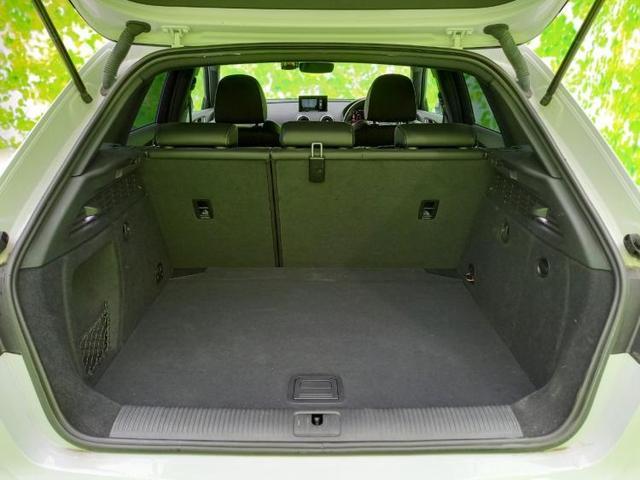 1.4TFSIスポーツSラインパッケージ 社外 7インチ メモリーナビ/シート ハーフレザー/ヘッドランプ LED/ETC/EBD付ABS/横滑り防止装置/アイドリングストップ/DVD/TV/エアバッグ 運転席/エアバッグ 助手席(7枚目)