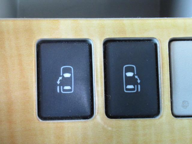 トヨタ ノア S G-ED HDDナビ後席モニターバックカメラ両側電動ドア