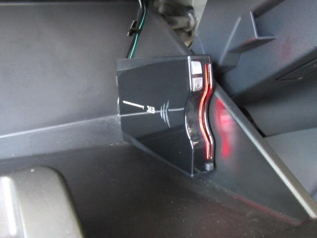 高速道路への進入もスムーズになり割引もありとってもお得なETC装備!