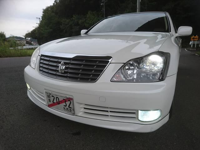 トヨタ クラウン ロイヤルサルーン プッシュスタート 車高調 HID LED