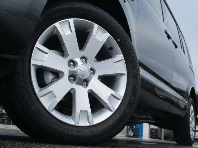 三菱 デリカD:5 D パワーパッケージ 登録済未使用車 4WD 両側電動ドア
