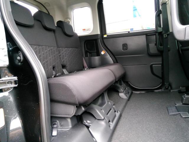 カスタムG 登録済未使用車 両側電動スライド 衝突軽減(13枚目)