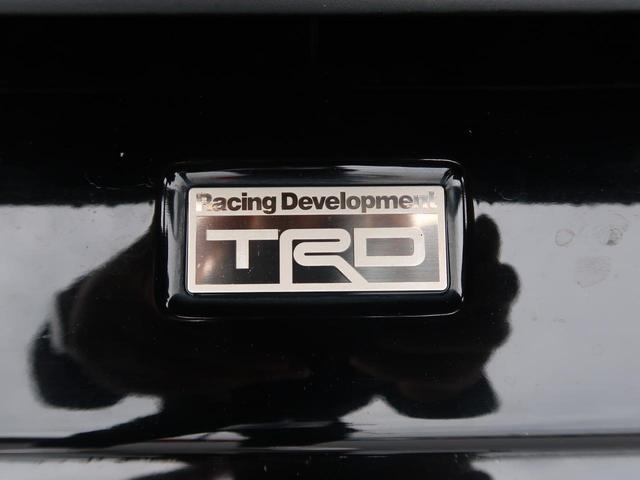 TRDエアロ付き☆トヨタの純正エアロが付いてよりカッコよさが際立ちます☆