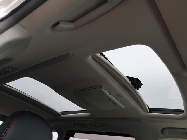 2.4Z ゴールデンアイズII 純正8型ナビ サンルーフ 後席モニター 両側電動スライドドア 電動リアゲ―ト デュアルオートエアコン クルーズコントロール バックカメラ ETC HIDヘッドライト スマートキー AC100V電源(7枚目)
