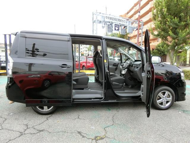 トヨタ ヴォクシー X Lエディション 両側Pスライドドア 純正15AW HID