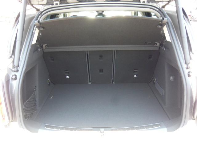 クーパーD クロスオーバー社外シートヒーター車検整備NEXT ペッパーパッケージ 18インチブラックピンスポーク ブラックルーフ&ミラーキャップ LEDヘッドライト(アダプティブ)&フォグライト 断熱フィルムBセット ブラックボンネットストライプ(13枚目)