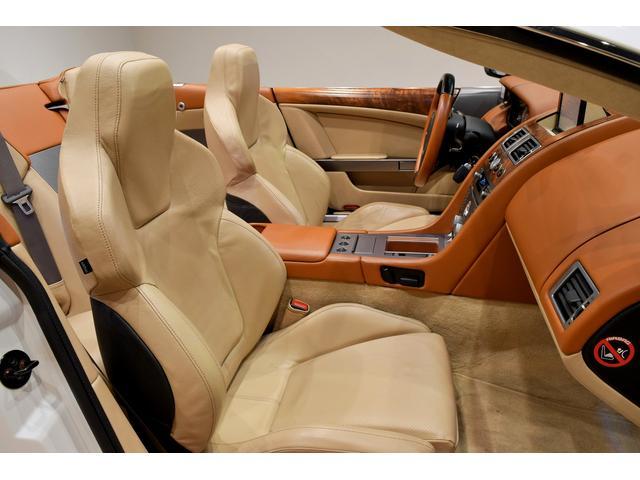「アストンマーティン」「アストンマーティン DB9」「オープンカー」「岐阜県」の中古車11