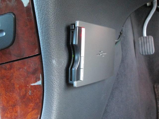 メルセデス・ベンツ M・ベンツ E240 社外ナビ フルセグ 本革シート LEDライト
