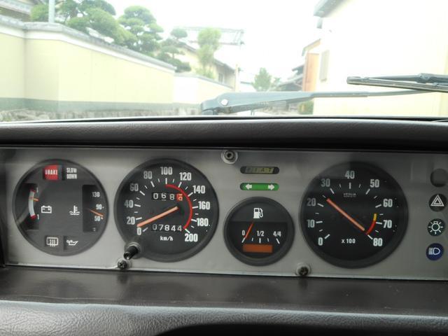 ディーラー車 左ハンドル 4MT(22枚目)