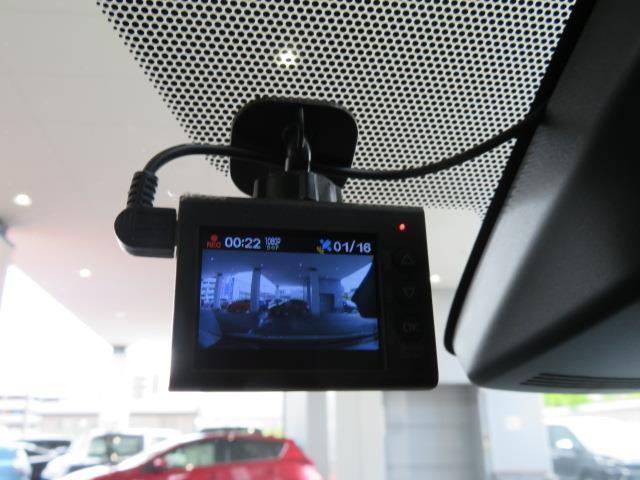 Sスタイルブラック フルセグ メモリーナビ DVD再生 バックカメラ 衝突被害軽減システム ETC ドラレコ ワンオーナー(16枚目)
