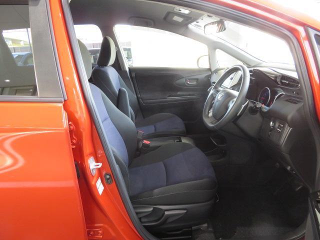 清潔で、広々とした車内ですよ。ぜひ、現車をみてご確認下さい!!